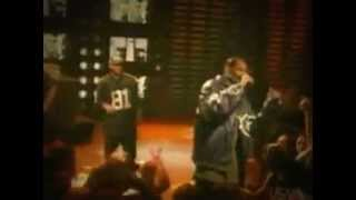 N.W.A. & Snoop Doggy Dogg - Chin check in concert.mpg