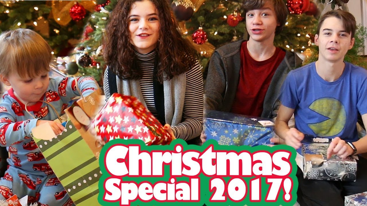 KittiesMama Christmas Special 2017 - YouTube
