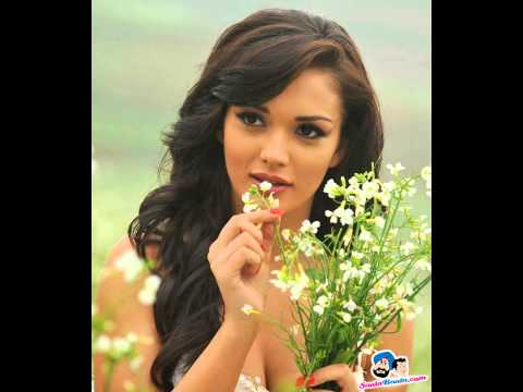 Top 10 Amy Jackson Images