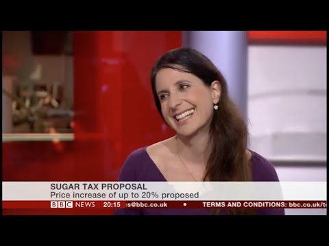 Sugar tax, soft drinks, reducing sugar. Public Health England report 2015 BBC News