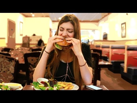 Thumbnail: How Girls Act On A DATE!