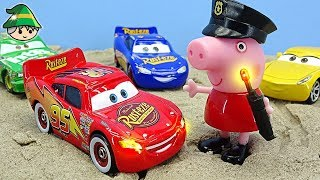 Peppa Pig and Disney cars became police officers. learning colors with disney cars.