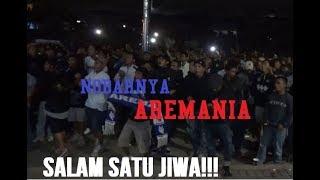 Download Video KESERUAN AREMANIA DALAM NOBAR: BORNEO FC vS AREMA FC MP3 3GP MP4
