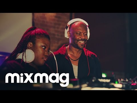 Uplifting house & techno FLOORPLAN set at Mixmag Live