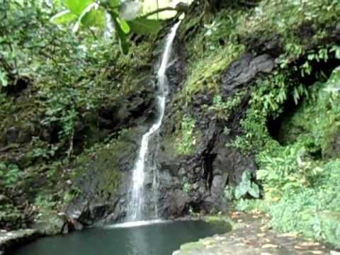 Papeananna Waterfall   Tahiti French Polynesia