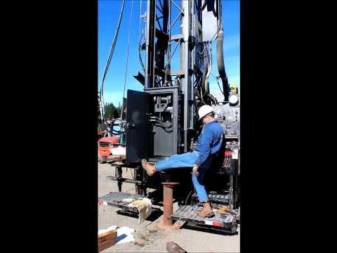 Atlas Casing Hammer and Atlas Casing Jack on IR TH-60