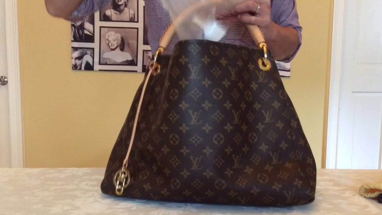 8158cd6c9955 Louis Vuitton Artsy MM Monogram Canvas - YouTube