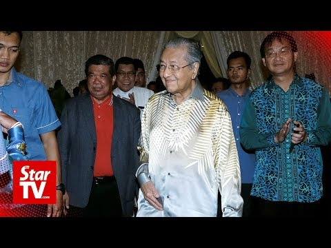 Dr Mahathir denies media reports, says he did not say three years