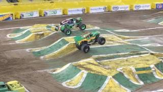 Grave Digger vs Dragon, Monster Jam monster truck racing final