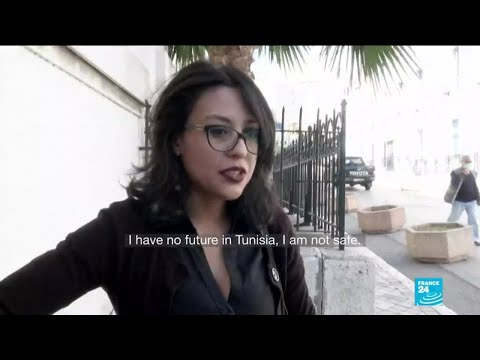 Tunisian blogger faces up to 3 years of prison for blasphemy in freedom of speech trial