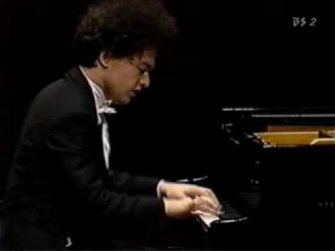 Brahms Hungarian Dance No.1 - Evgeny Kissin
