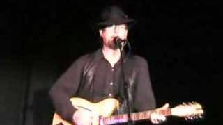Roger McGuinn - Feel A Whole Lot Better