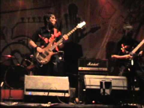 SARENA - BINTANG KEHIDUPAN FESTIVAL ROCK SE-JABAR (Final) 2.mpg