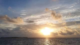 [Maldives Sunrise in Velassaru…