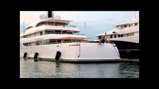 Superyacht Amels Ilona docking in Antibes Port Vauban