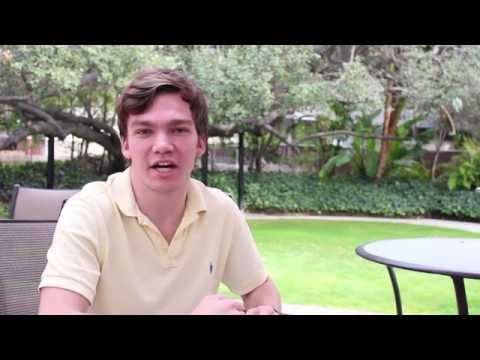 Meet the Tour Guides: Donovan Dennis '16