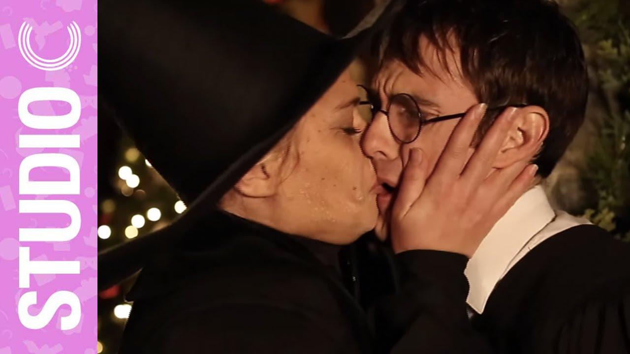 Harry Potter Accidentally Kisses Professor McGonagall