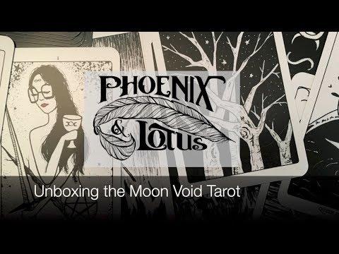 Moon Void Tarot Unboxing