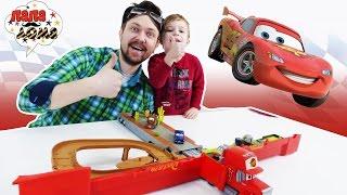 Алекс Гараж и Тимоша играют с машинками из мультфильма #ТАЧКИ Грузовик Мак Трак MACK TRUCK