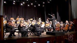 Maestro recebe homenagem do Legislativo em concerto dos 30 anos da Orquestra Sinfônica Municipal