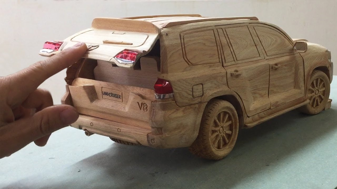 Wood Carving - TOYOTA Land Cruiser V8 2020 (New Version) - Woodworking art
