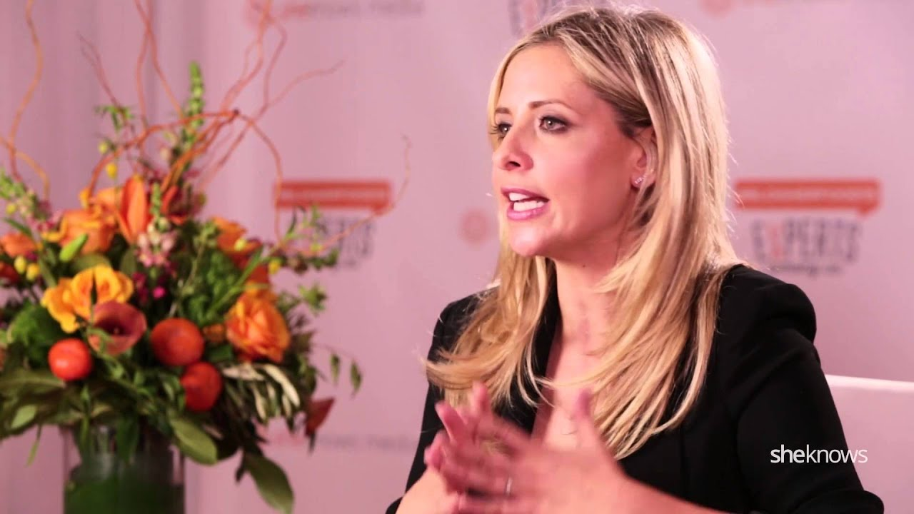 Sarah Michelle Gellar on why she is a SheKnows Expert - YouTube