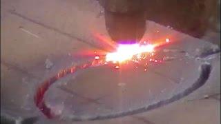 Профессиональный рез газовым резаком / автоген аппарат для резки металла(Газовый резак (резак для ручной резки), также автоген — аппарат для резки металла с помощью нагревания до..., 2015-10-28T19:57:40.000Z)
