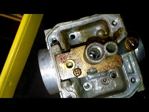 How to clean a carb on Yamaha ttr125(2)