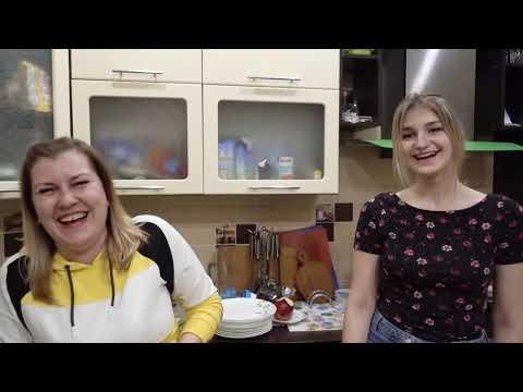 VLOG Настя от смеха упала на пол