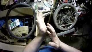 как быстро заклеить колесо велосипеда(маленький видеоурок., 2014-06-13T22:40:24.000Z)