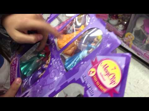 Toys R Us Trip To See Elsa, Anna, Frozen, Sophia The First, Barbie