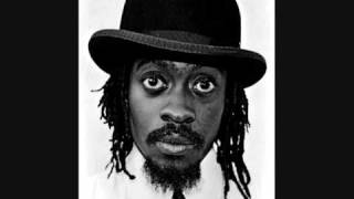 Download (scoobay riddim)beenie man-batty man fi dead MP3 song and Music Video