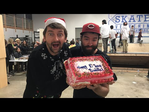 AARON GETS CAKED IN THE FACE LIVE STREAM