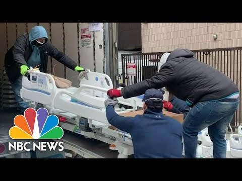 Examining U.S. Hotspots As Covid Death Toll Surpasses 250,000 | NBC News NOW