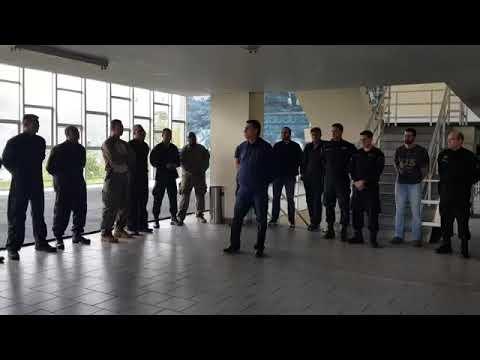Jair Bolsonaro visita o BOPE.