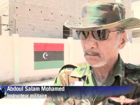 Libye: à Benghazi, les nouvelles recrues rebelles s'entrainent