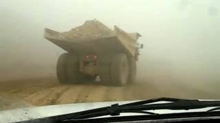 Dont try this at home, Komatsu Truck Drift!