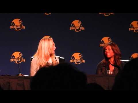 Victoria Smurfit and Merrin Dungey on Sea Devil Date Dragon Con 2015