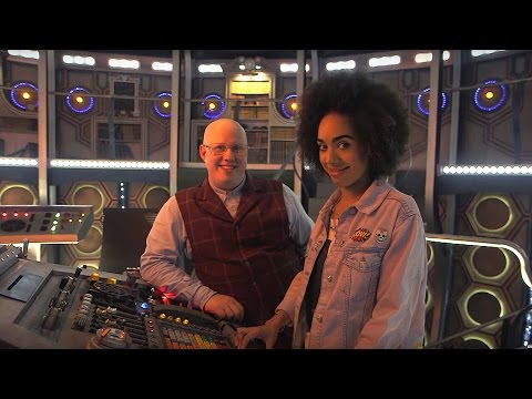 Matt and Pearl's TARDIS Tour | Doctor Who