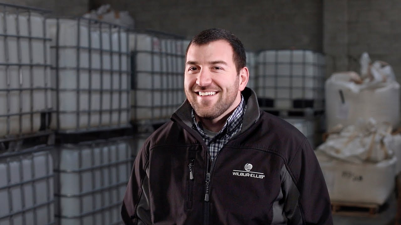 Kevin Kenoyer, a young grower from Cashmere, Washington