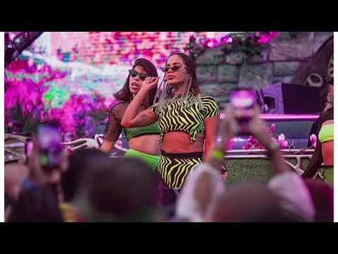 Anitta Medley Funk Kisses Tour Studio Version
