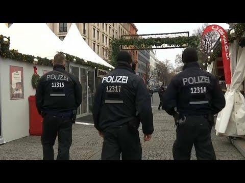 فيديو.. سوق الميلاد في ستراسبورغ مستمر...والشرطة تزيد الرقابة…  - نشر قبل 51 دقيقة
