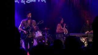 Alex and Sierra Live at Slims unreleased new song
