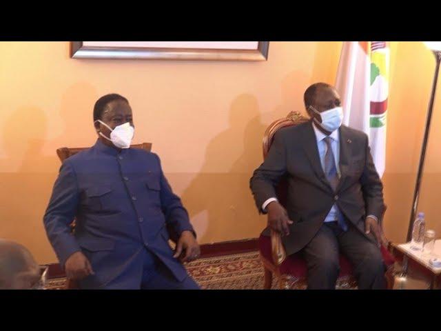 """Côte d'Ivoire : rencontre entre Ouattara et Bédié pour """"briser la glace"""""""