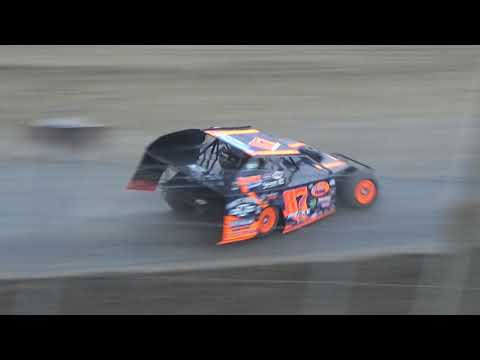UMP Modifieds Dash for Cash at I-96 Speedway on 07-12-2018.