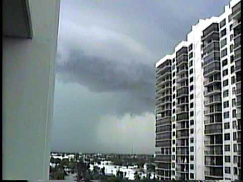 Florida Tornado Caught on Camera