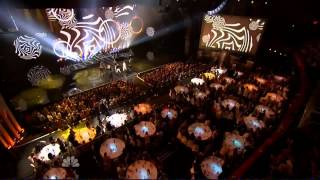 Ariana Grande performing The Way / Problem on the iHeartRadio Music Awards