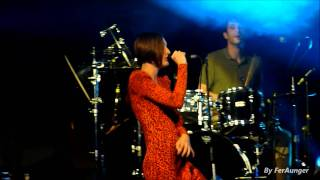 Download Yelle - Medley: Les femmes, Tristesse/Joie, Amour du sol, 85A HD MP3 song and Music Video