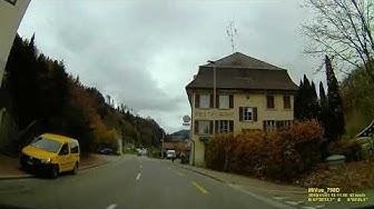 CH: Gemeinde Fischenthal. Kanton Zürich. Ortsdurchfahrt. November 2019