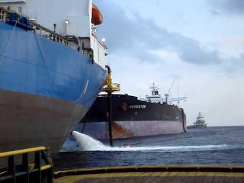Cargo Transfer FPSO Mondo to VLCC Navigator Angola